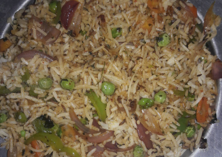 Stir fried vegetable rice