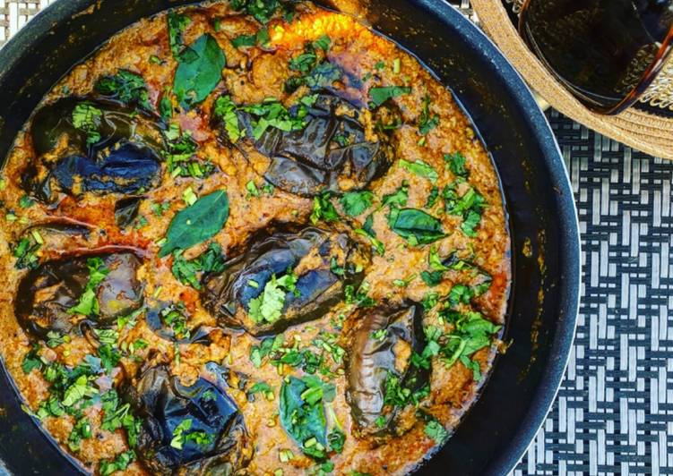 How to Make Recipe of Creamy Cashew Aubergine Curry