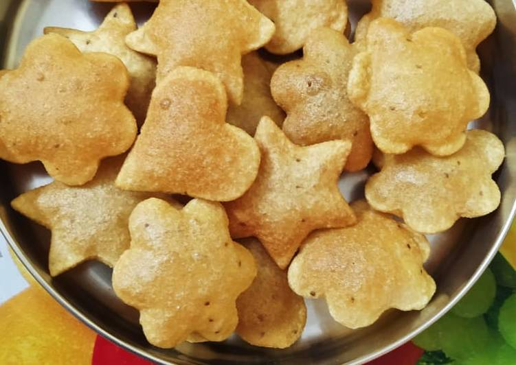 Steps to Make Super Quick Homemade Ajwain Puri