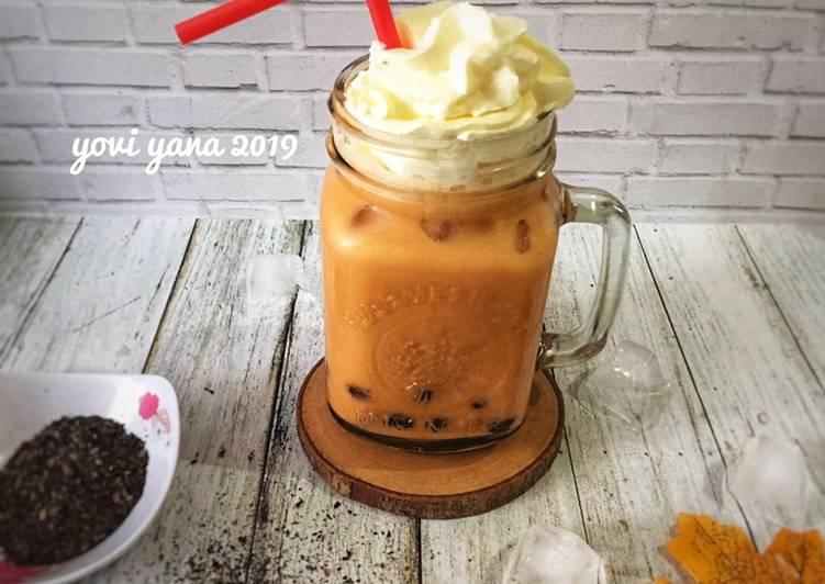 Thai tea milk bubble