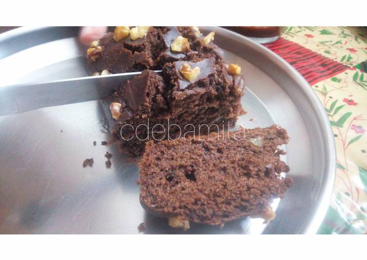 Steps to Prepare Favorite Whole Wheat Walnut Brownie (without sugar)