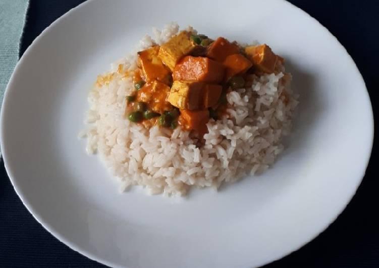 Tofu au lait de coco et riz