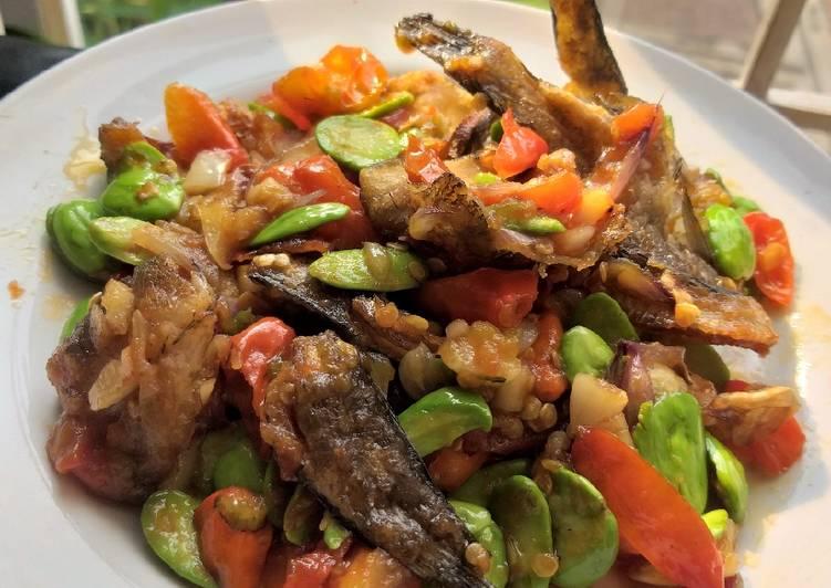 Ikan gabus sambal pete