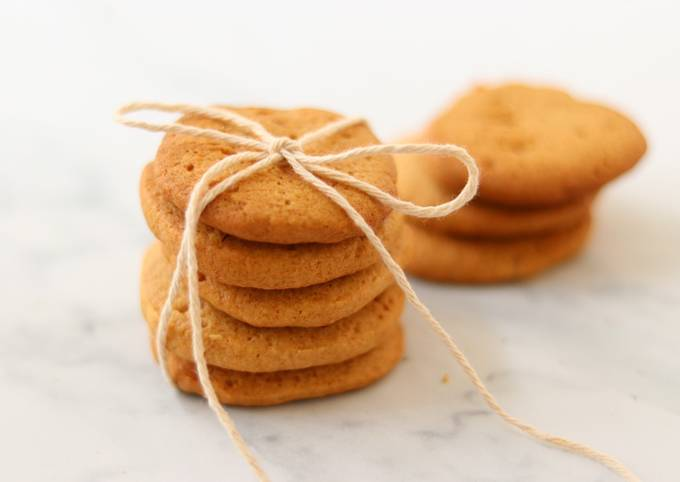How to Cook Perfect Simple Ginger biscuits