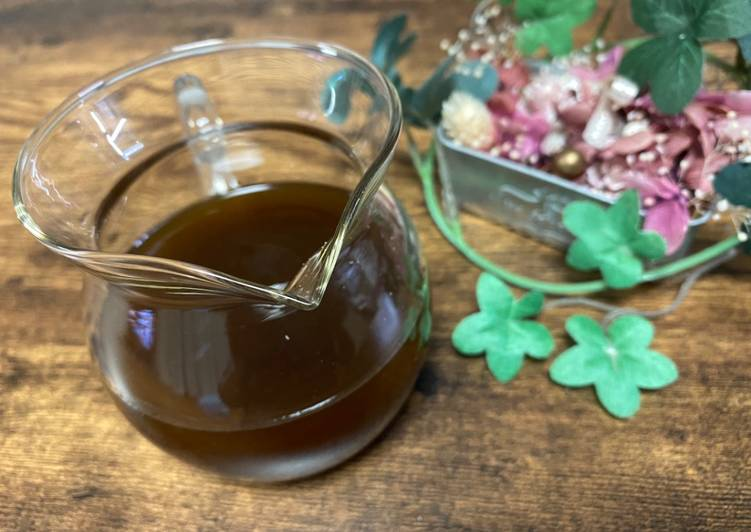 Steps to Make Ultimate Balsamic Vinegar and Soy Sauce Dressing