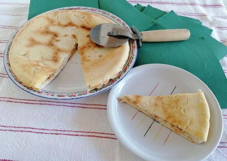 Ricetta Focaccia ripiena con stracchino e acciughe