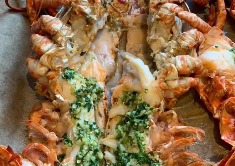 Butter & Garlic Lobster 🦞