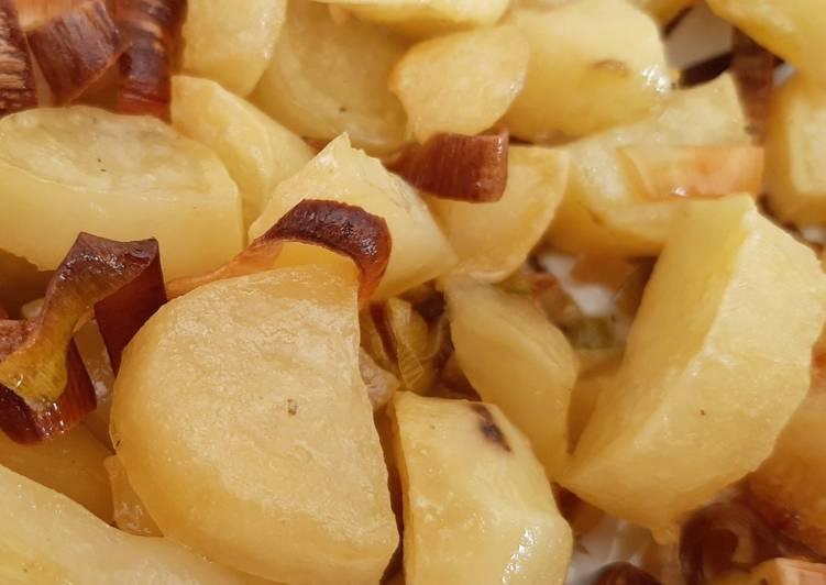 Porri e patate al forno