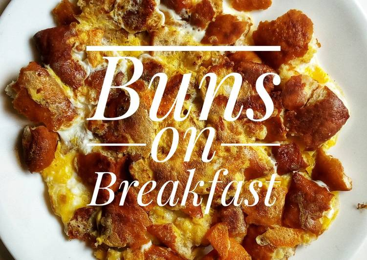 Buns on breakfast