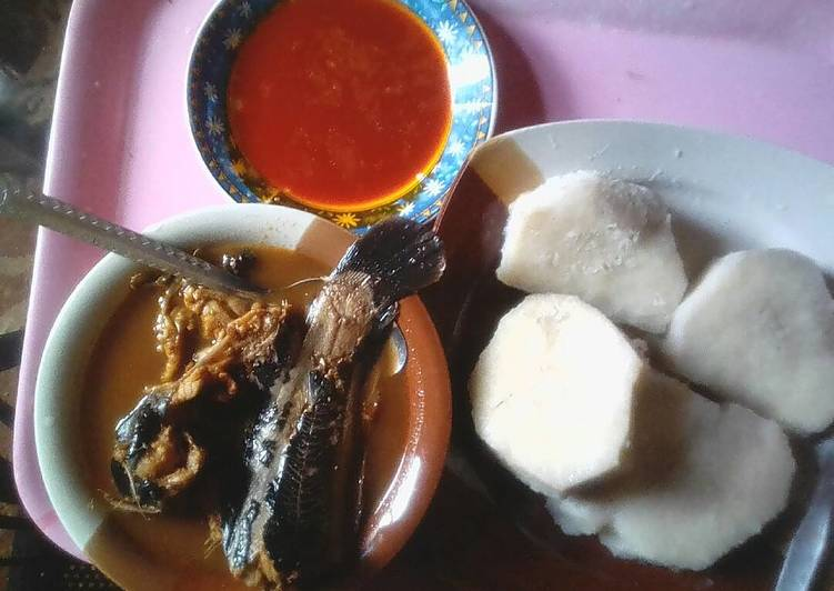 How to Make Perfect Boiled yam with palm oil and catfish pepper soup