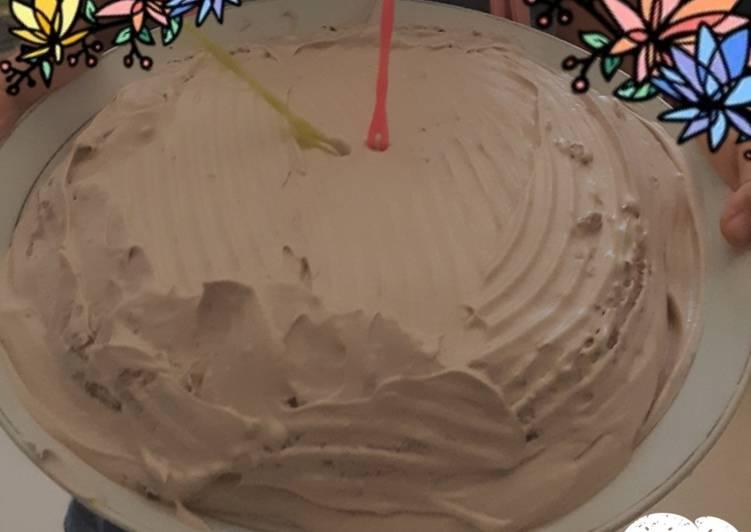 Bolu kukus coklat balut whiped cream