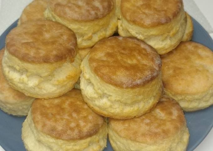 How to Make Perfect Buttermilk Biscuits (Southern)