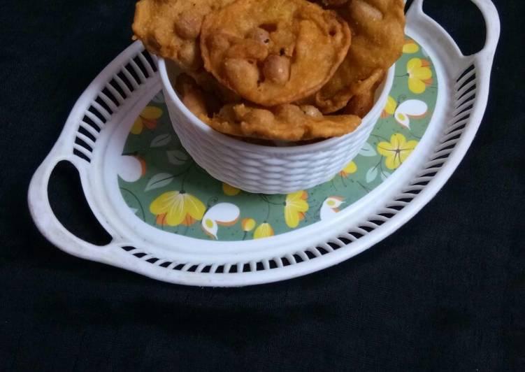 Peanut Fritters