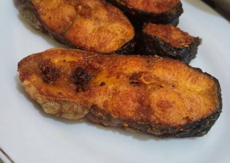 Resep Ikan Patin Goreng oleh Herlina RH - Cookpad