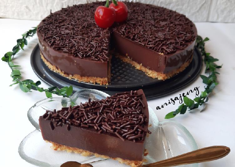 21. Puding coklat crust / kue coklat