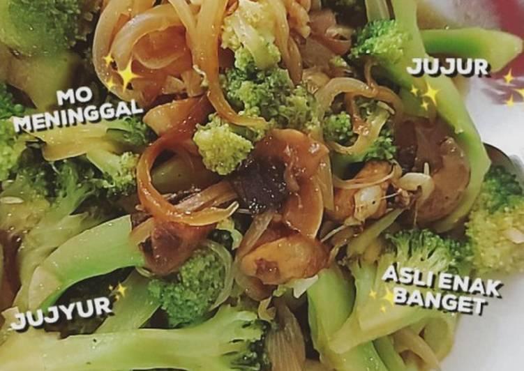 Tumis Brokoli dengan Jamur Champignon/Kancing