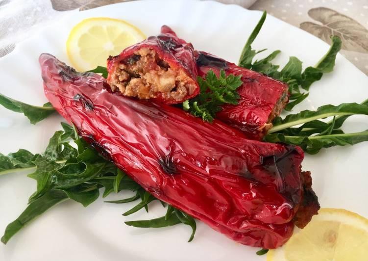 Peperoni ripieni con carne di salsiccia 🌶 🌶 🌶