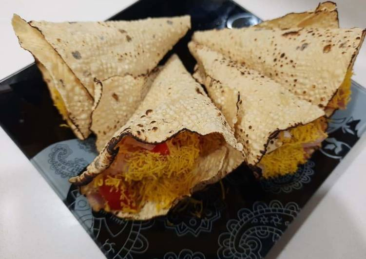 10 Minute Recipe of Cooking Masala Papad