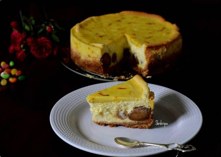 "Peek a Boo ""Baked Gulab Jamun cheese cake"":"