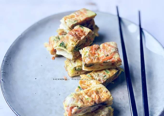 Gyeran Mari (Rolled Omelette)