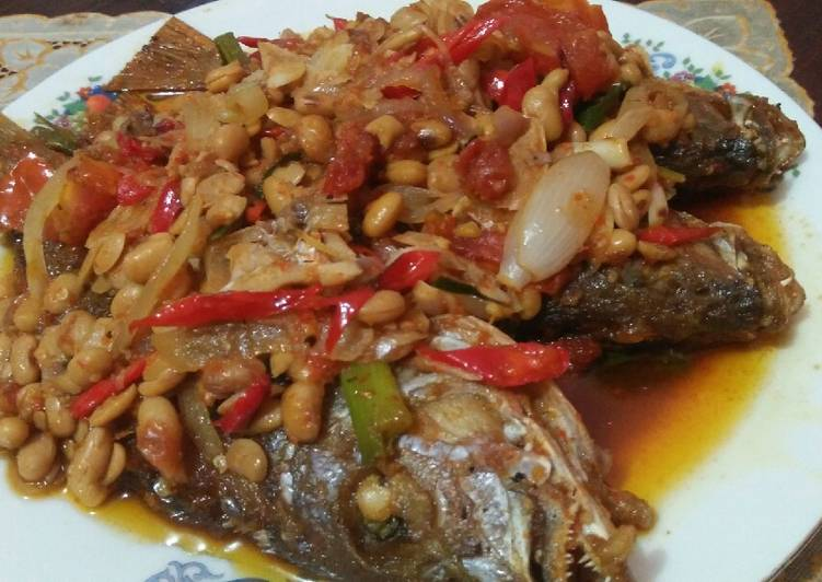 Resep Kakap goreng masak tauco Yang Mudah Lezat
