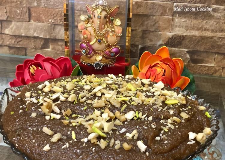 Try Using Food to Improve Your Mood Atta Sooji Halwa (Semolina Whole Wheat Flour Pudding)