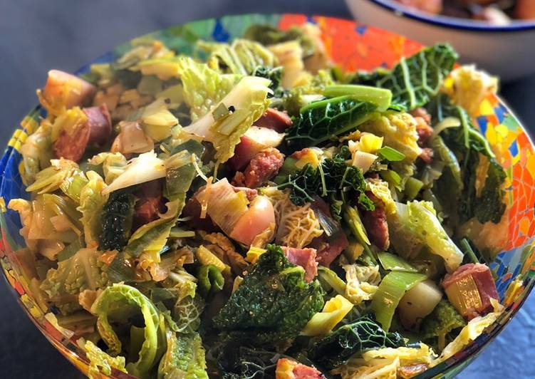 Recipe of Favorite Leeks and cabbage with chorizo and apple