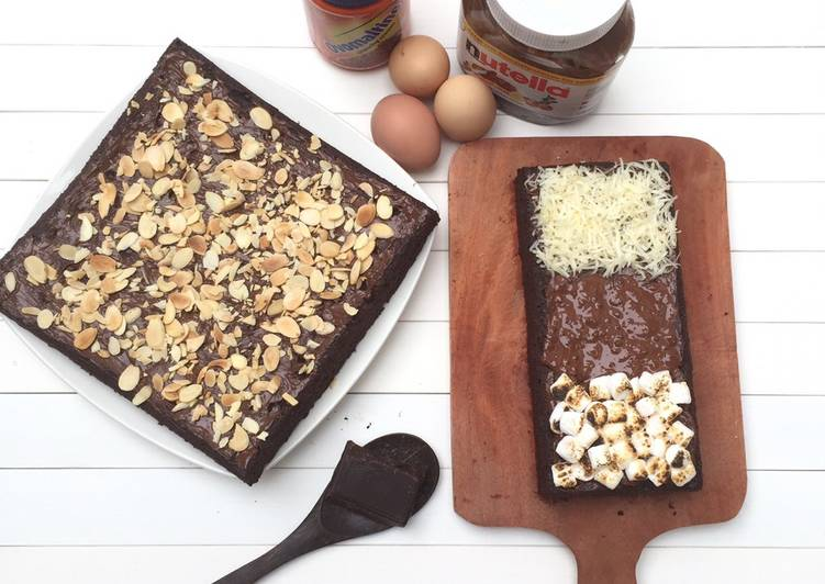 Fudgy and Chewy Brownies (American Style)