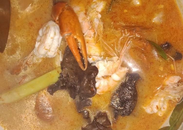Tomyam seafood thailand
