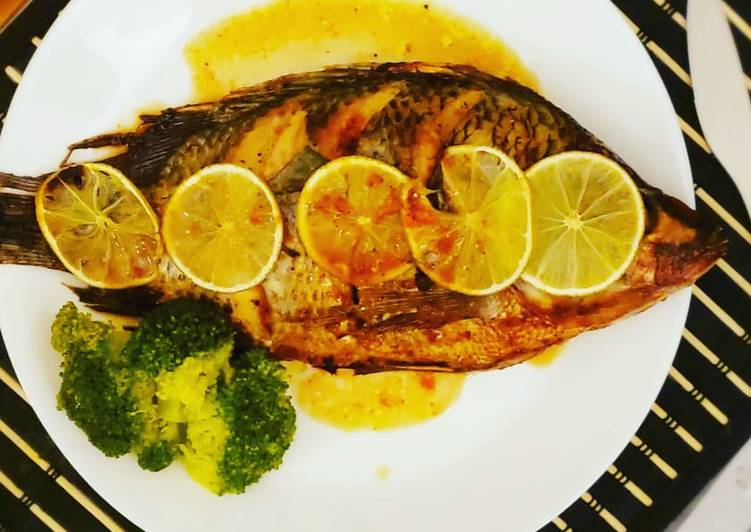 Steps to Prepare Quick Baked fish whole / Tilapia