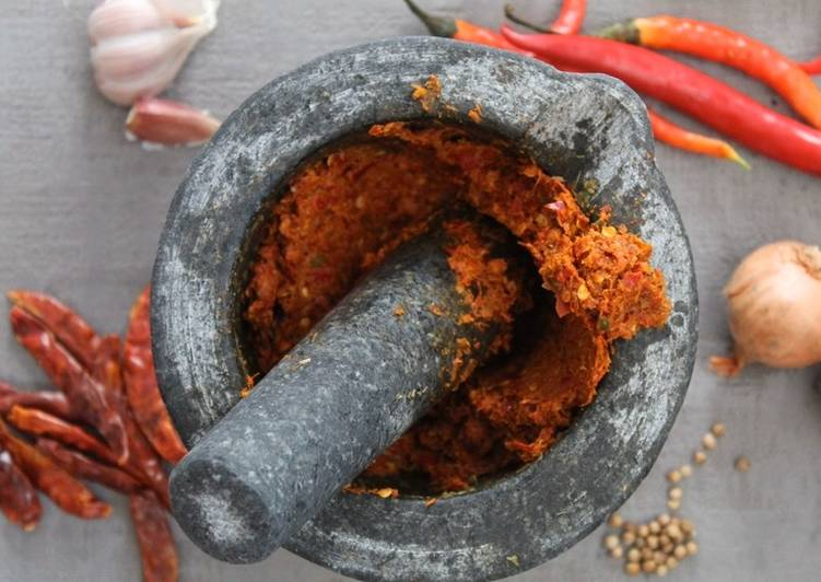 Homemade Thai red panang curry paste Finding Healthful Fast Food