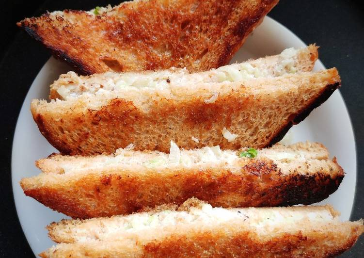 Cucumber Curd Sandwich