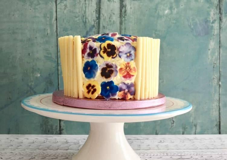 Recipe: Perfect Mum's 70th Birthday Cake