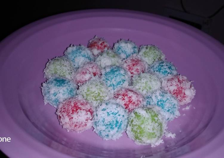 12. Klepon Warna Warni