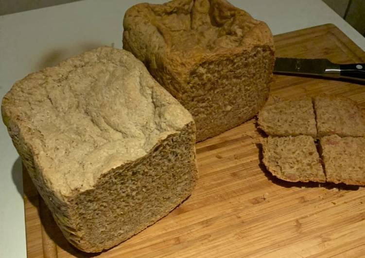 Rosmarin-Brot und Speck-Zwiebel-Brot