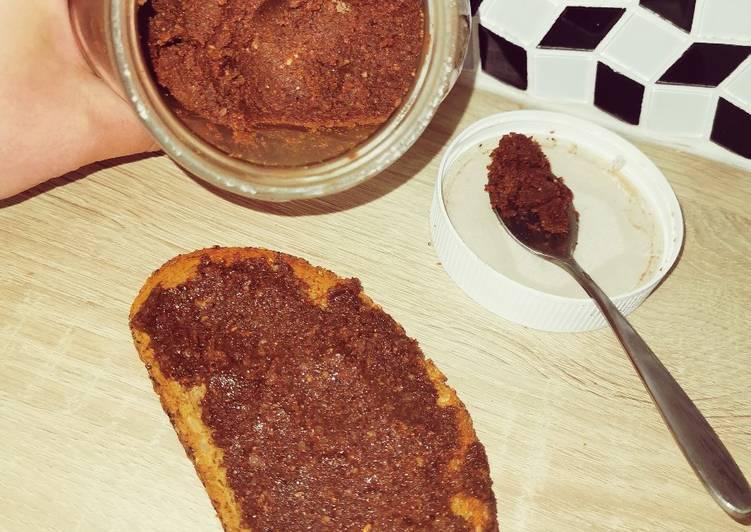 La Délicieuse Recette du Pâte à tartiner maison