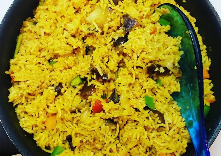 Recipe: Appetizing Brinjal Biriyani