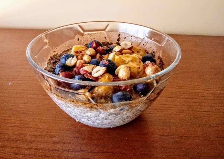 Pudding de chía, avena y fruta
