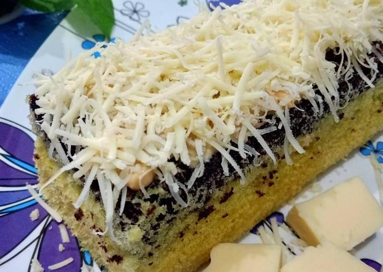 Bolu Lapis (with Selai Cokelat Kacang)