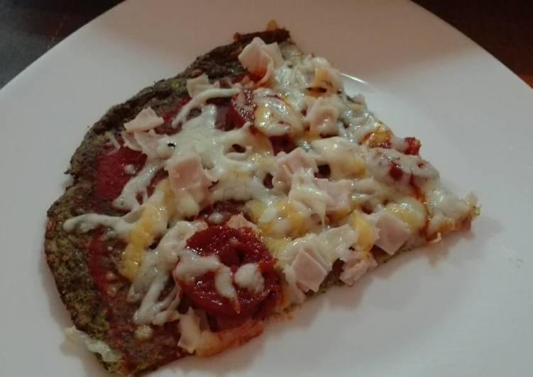 Pizza Verde con base de Brócoli