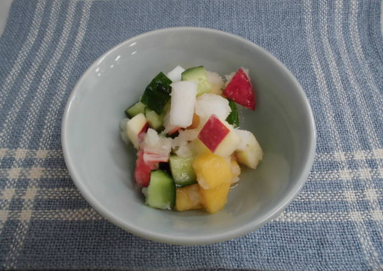 "Simple Way to Make Top-Rated Snow ""Namasu"" with Crab-Flavored Seafood, Vegetables and Fruits"