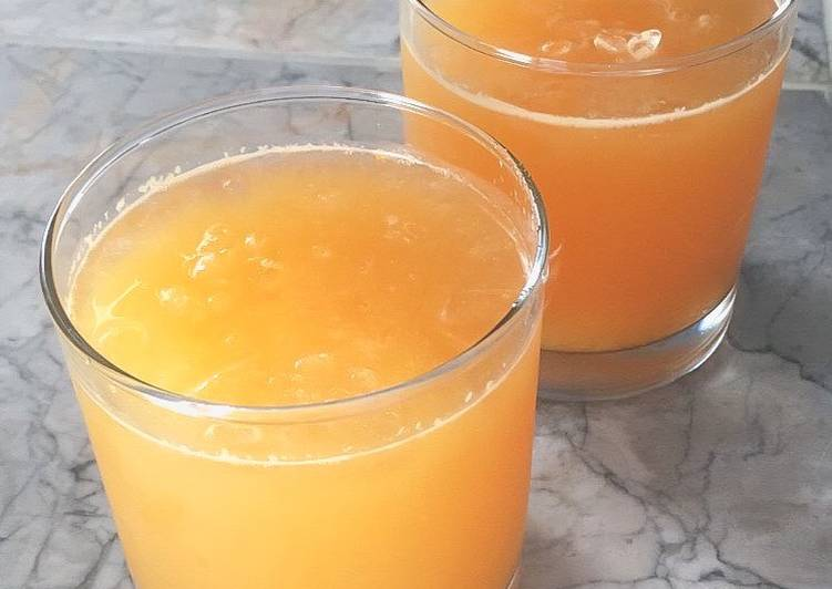 How to Prepare Perfect Orange Lime Mimosas