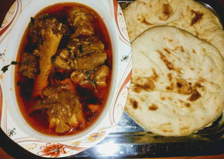 Foods That Can Make Your Mood Better Paye with tandori roti