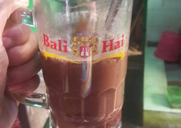 Chocholatos hangat with SKM siram selai cokelat