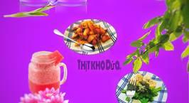 Hình ảnh món Thịt kho dứa - Tôm xào nấm bông cải