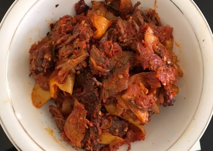 (Masakan Sederhana Dengan Empat Bahan) Sambal Goreng Kentang Daging