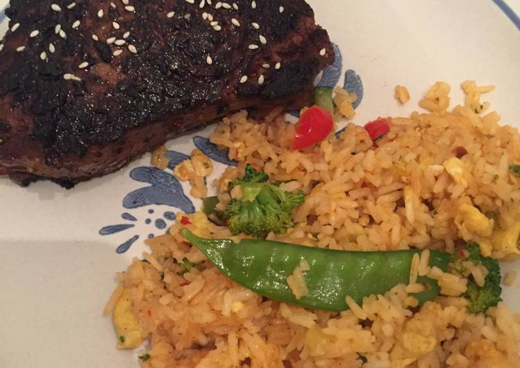Recipe: Delicious Asian Sirloin Steak with Thai Drunken Fried Rice