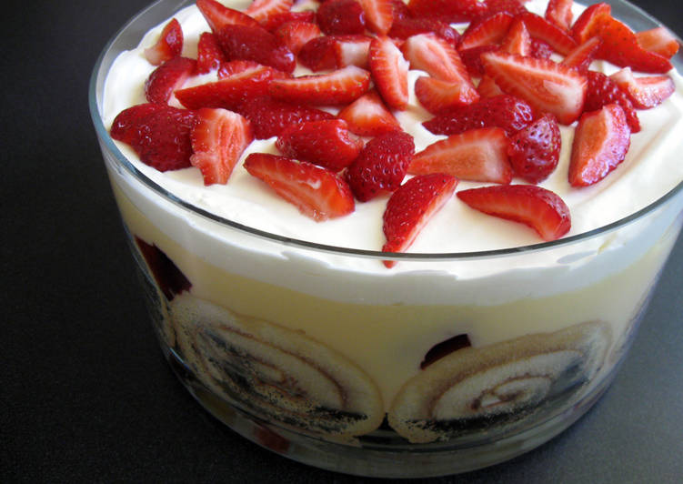 How to Prepare Award-winning My Family's Trifle