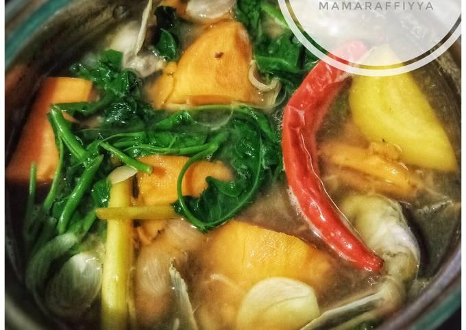 sayur asam ubi rambat - resepenakbgt.com