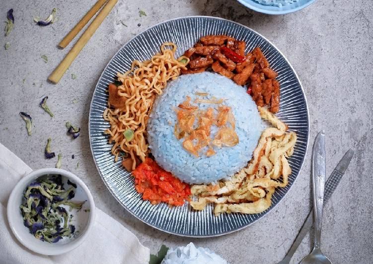 Nasi Uduk Bunga Telang (pakai rice cooker)